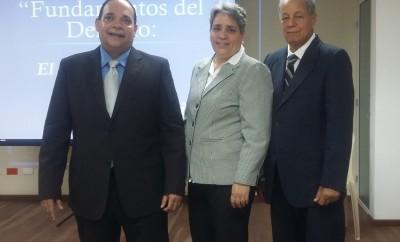 1 PRINCIPAL Alberto Moronta, Arelis Ricur y Miguel Lora.