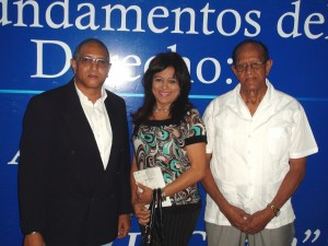 Julio César Rosario, Anibelca Rosario  y Ernesto Rosario.