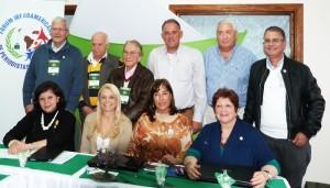 Directivos del Forum Iberoamericano de Periodistas de Turismo reunidos en Gramado 2