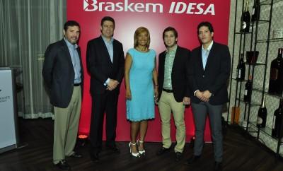 Eduardo Bogaert, Roberto Guzman, Martha Vasquez, Daniel Bogaert y Alonzo Blanket 2