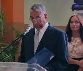 El presidente de la empresa, La Fuente Fun, don Luis Arias, (2)