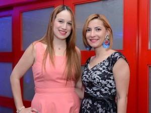 Foto 5, Rebeca Guzmán y Carolina Luna.