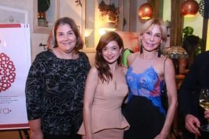Amparo Flores, Vilma Matos y Gina Pérez