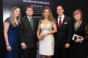 Foto 1C - Silvana González, Ricardo Koenig, Clodet de Khoury, Sadala Khoury y Miriam de Khoury.