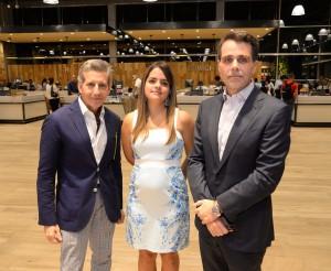 Foto 2 - Teófilo Cruz, Natacha Quiterio y Alejandro González Cuadra.