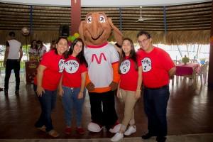 Monica Caram de Camilo, Pierina Camilo, Maria Camilo y Amado Camilo