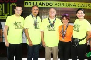 foto 3-ejecutivos de Gildan y ADR