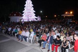 publico en plaza Espa_a