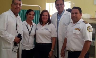 1.-Dr. Enrique Flores, Dra. Gaurys Sisa, Lic. Jasmin Jiménez, Dr. Assad Jafri y el Lic. Adolfo de Jesús Serrata Aquino