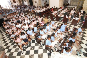 Foto 1 Niños Catedral 2