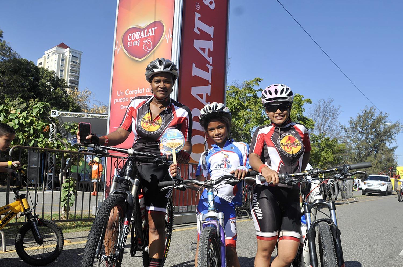 4.-Fior Alvarez, Flor Espinal y Hilary Marte 2