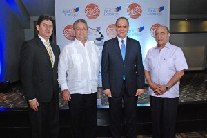 DSC_1346- Arvey Benavides, Roberto Henriquez, Luis Felipe Aquino y Quiterio Cedeño