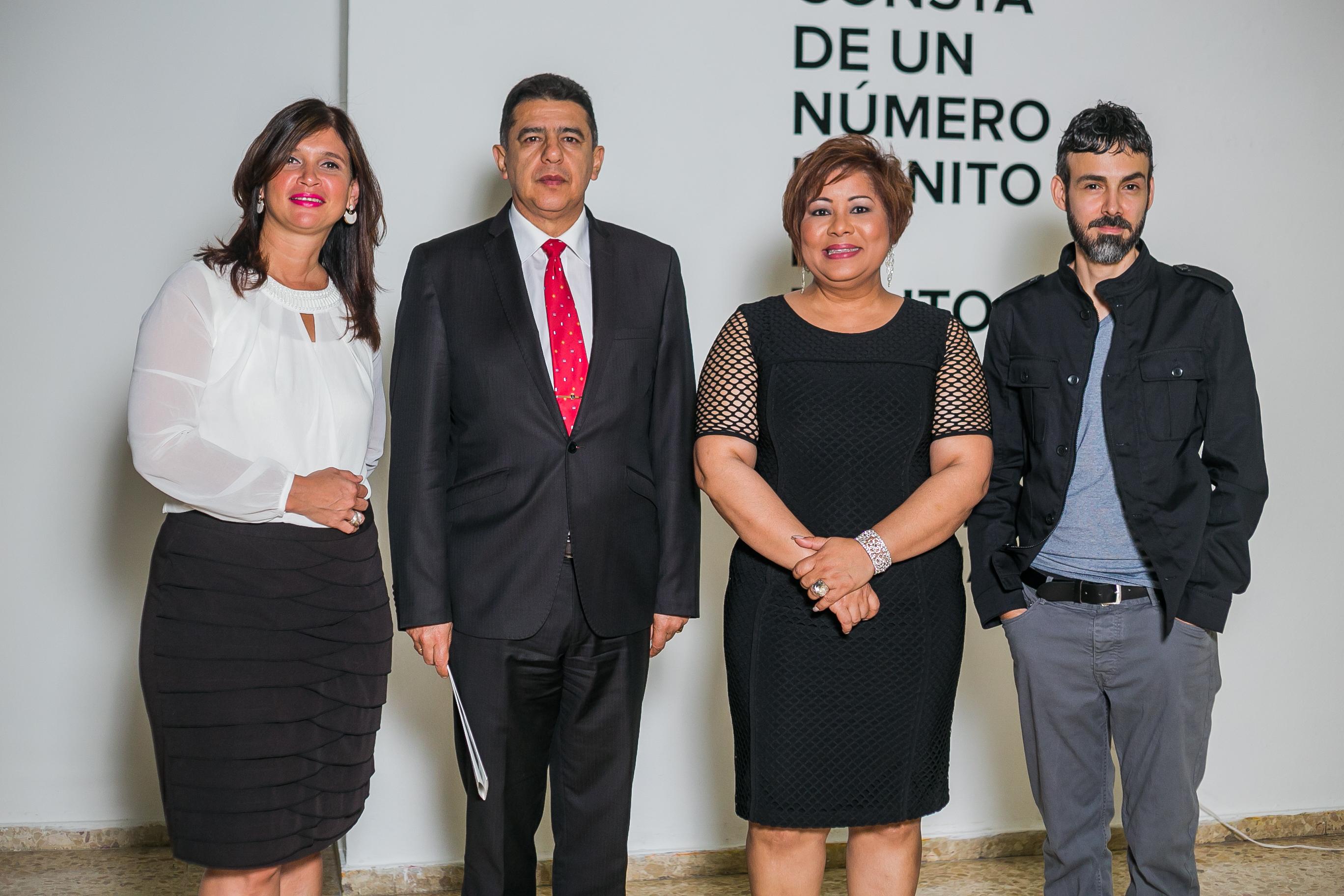 Mónika Despradel Embajador de Colombia Roberto García Márquez María Elena Ditrén y Andrés Ramírez Gaviria.
