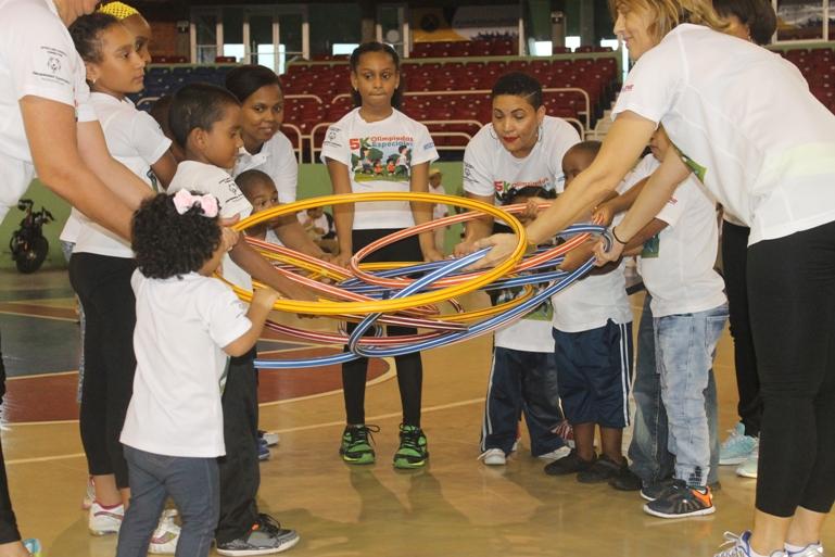 5.Niños del Grupo de Atleta Jovenes.