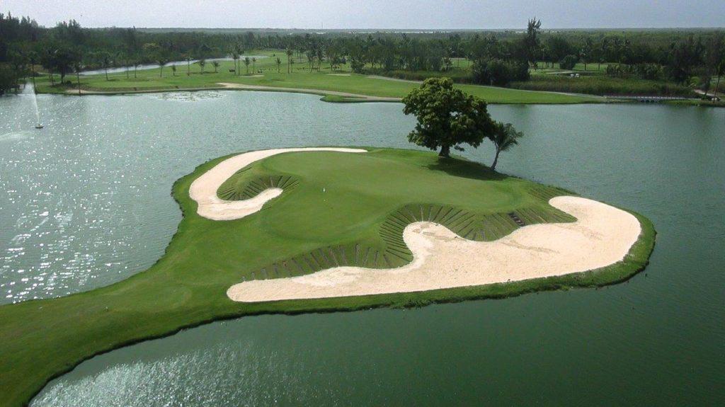 Campo de golf The Lakes.