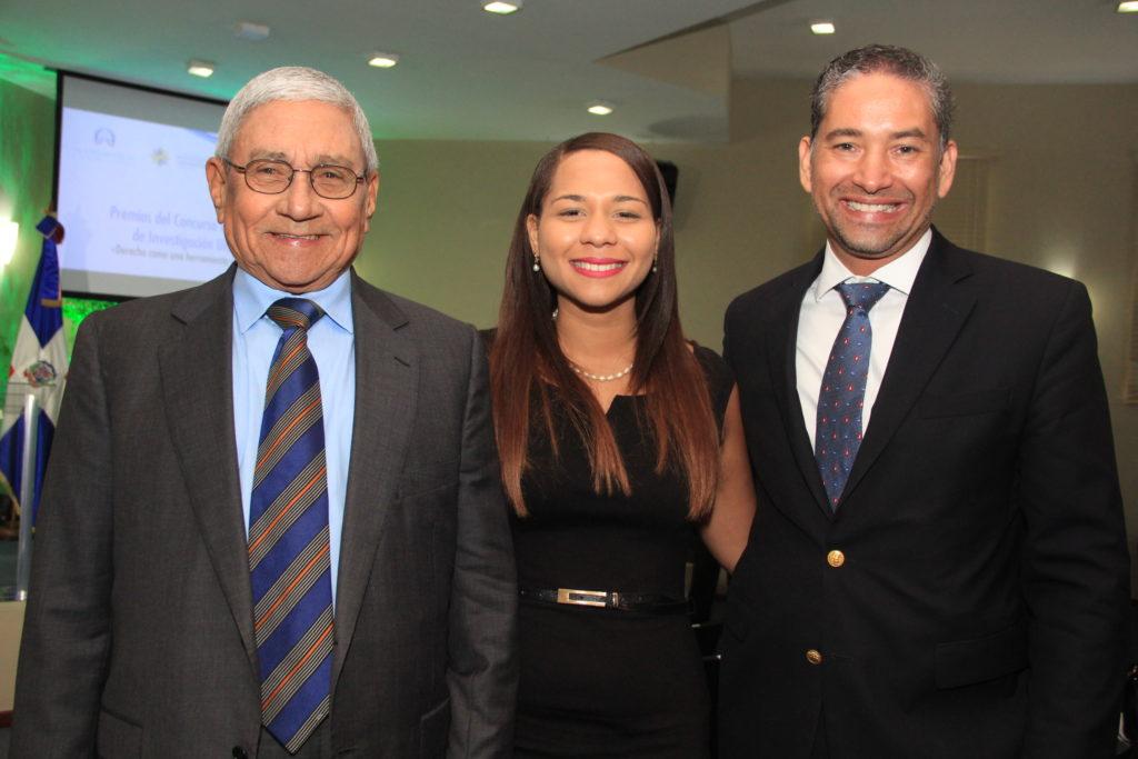 Leonel Melo Quezada, Viviana de la Rosa y Edwin Sosa