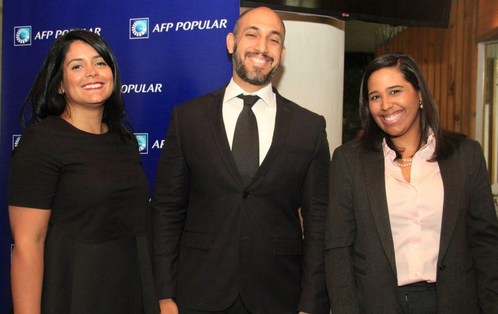 Rebeca García, Luis Eduardo Aquino y Annabelle Liz