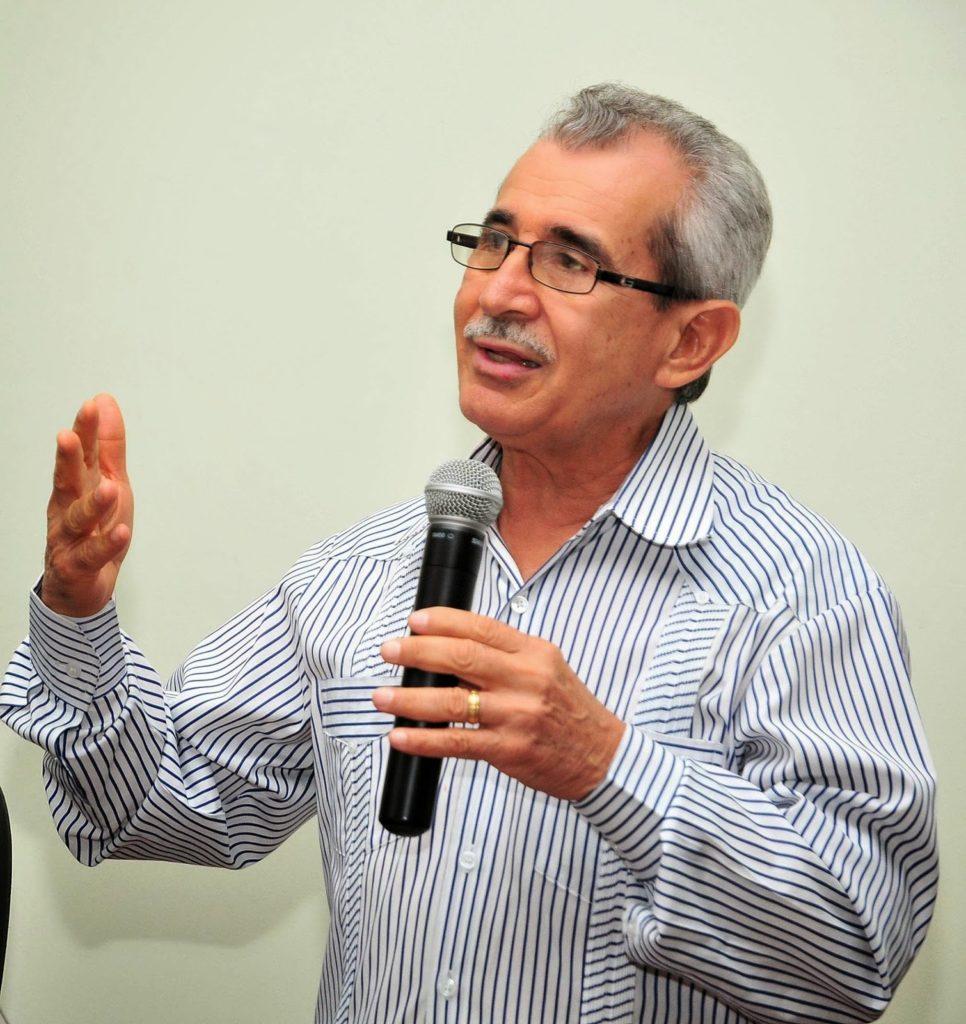 Bolivar Troncoso, académico y experto en turismo ecológico