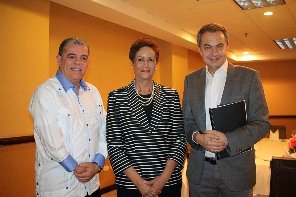 CENA BIENVENIDA Carlos Amarante Baret, Florind Rojas, Jose Luis Zapatero
