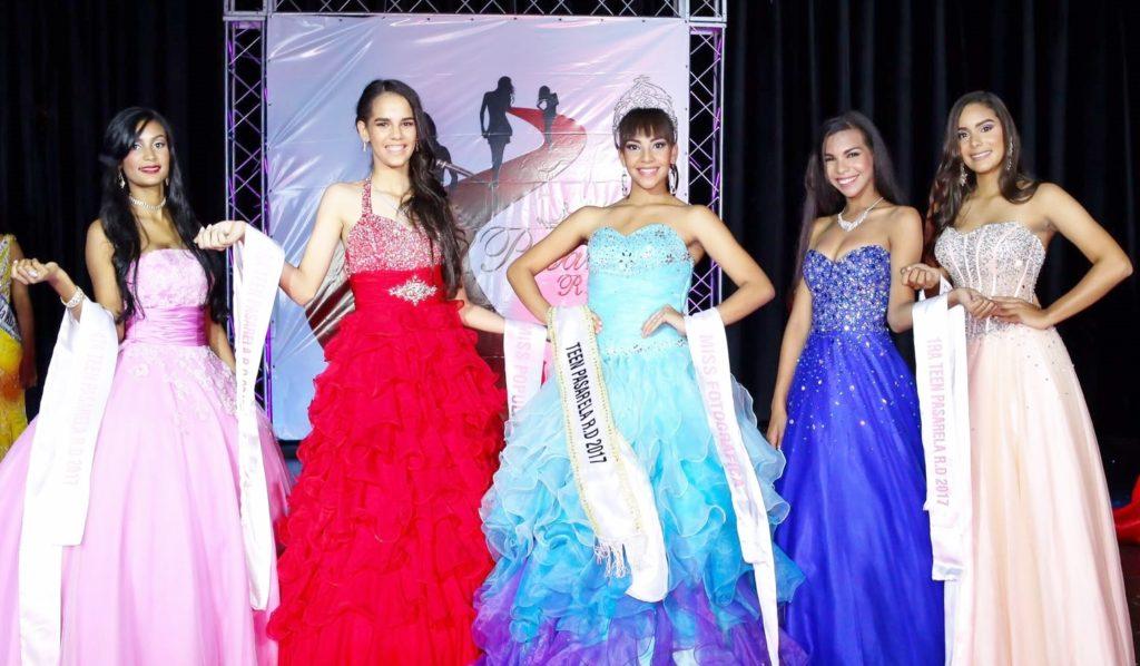 Jessica Ureña, Katherine Bobadilla, Karla Paulino, Jennifer Nicole y Karen Moguete