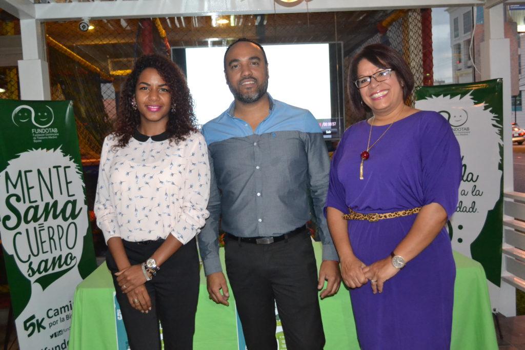 Claudia Cedano , Rogelio Grullon y Nereyda Castillo (1)