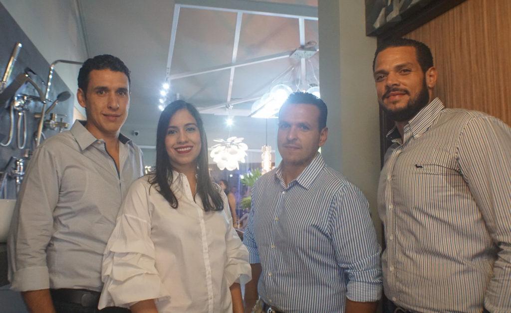 6 Dominick Blanco, Melisa Martínez, Ronald Blanco y César Ventura
