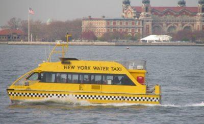 Decenas personas transportaba taxi acuático NY resultan heridas al estrellarse
