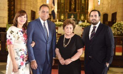 Doña Nora de Castaño, Julio Amado Castaño Guzman, Mercedes Toral de Hazoury y Azor Hazoury