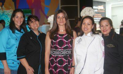 Foto Principal Jannelle Garcia-Dubus,Maria Laura Cristiano, Luisa Feliz, Milly Pimentel y Joquelli Cedeño. 1