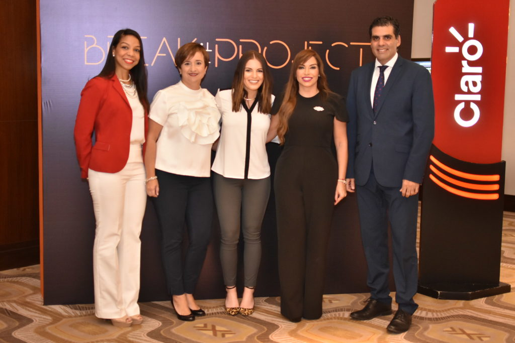 Raquel Piña, Maite Gonzalez, Krisen Hadeed, Linda Valette y Leandro Sebele
