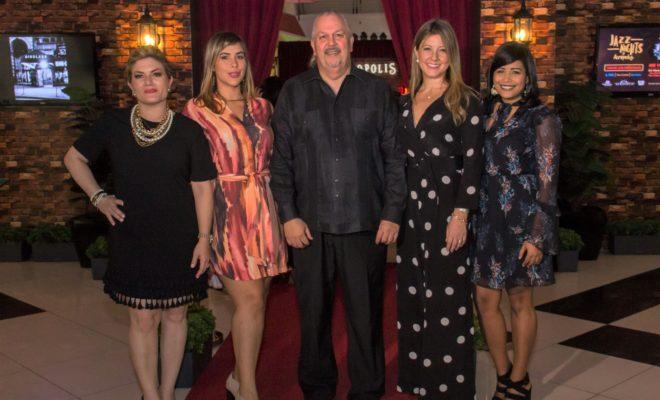 MICHELLE SELMAN, KARLA HERNANDEZ, FERNANDO RODRIGUEZ, PATRICIA RAMELA Y CAROLINA FERNANDEZ