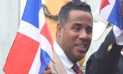 Ante declive aspiraciones alcaldía Paterson busca auxilios políticos RD