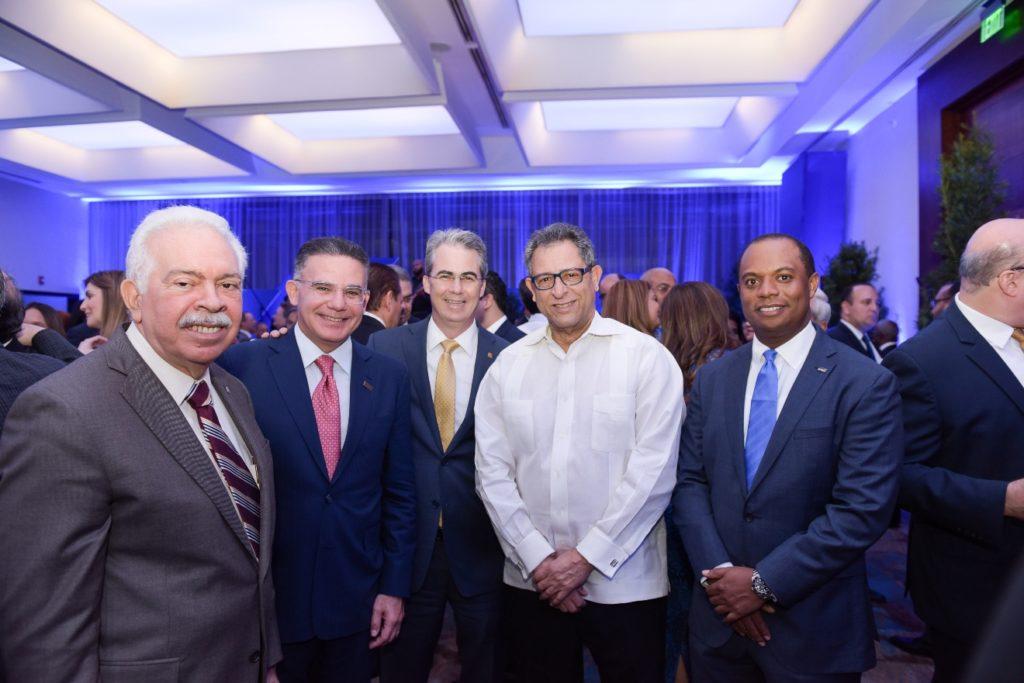 Luis Molina Achecar, Pedro Brache, René Grullón , Felucho Jimenez y Mario Torres