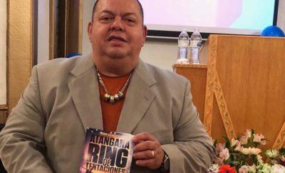Hugo Savinovich y su libro, Atangana Ring de Tentaciones