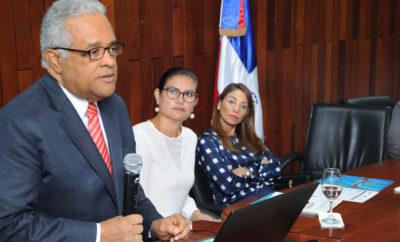 Ministro abre Curso Virtual equidad de genero