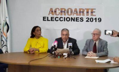 MAURA ALCANTARA, CARLOS CEPEDA SURIEL Y ESTUARDO ARIAS