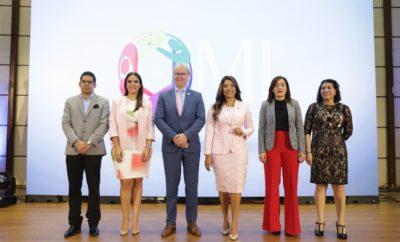 Juan Manuel Díaz, Mcihelle Ortiz, Arie Hoekman, Robiamny Balcácer, Yiljuly Pimentel y Sonia Vásquez